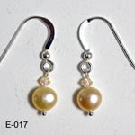Fresh water pearls earrings