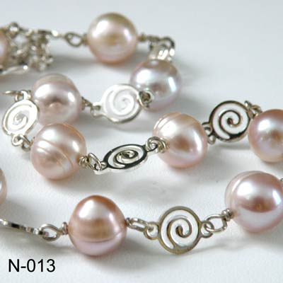 Fresh water pink pearls necklace