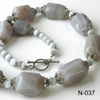 Sterling silver + Lace Agate necklace